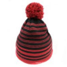 Bonnet tricoté avec tricot en rayures NTD017
