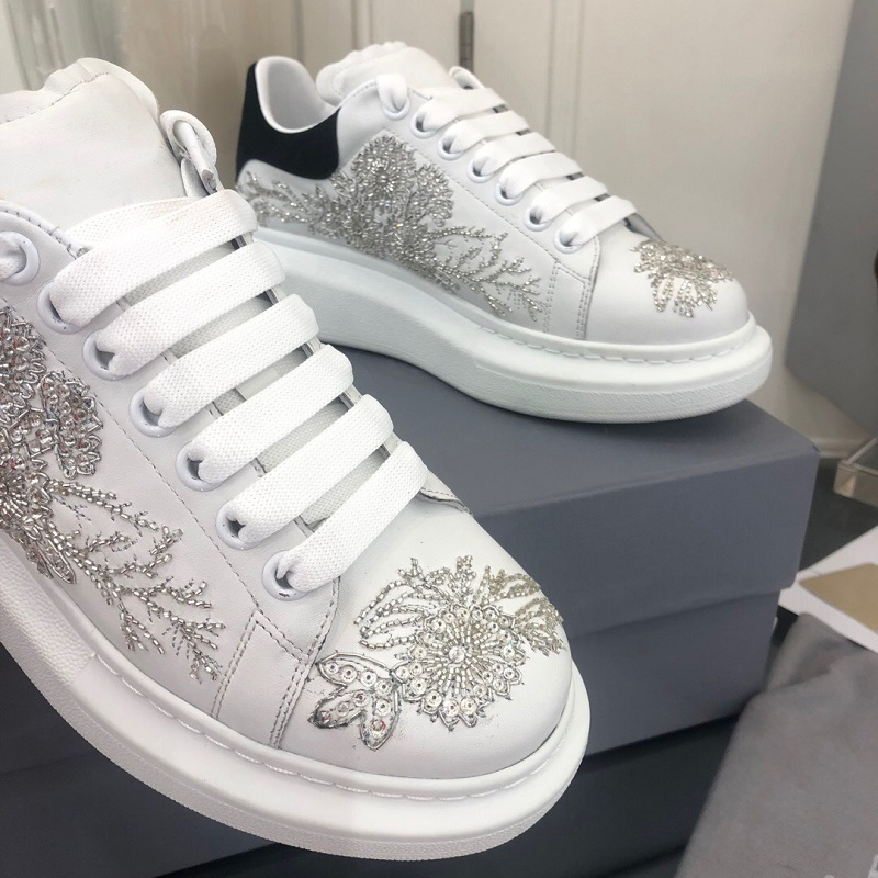 Leather Shoes Embroidery