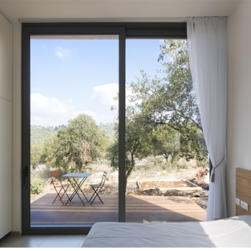Lingyin Construction Materials Ltd aluminium glass pictures aluminium sliding doors
