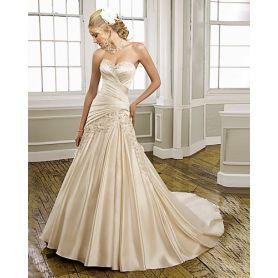 Sweetheart Strapless Satin Chapel Train Ruffled Manmade Flowers Wedding Dress