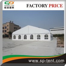 25x50m großes Aluminium-Tennis-gebogenes Zelt in Aluminium-Struktur mit klarer Dachabdeckung und Seitenwand