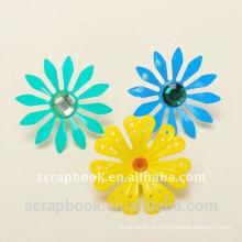 Окрашенные Брэд ремесло цветок