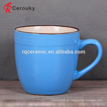 Caneca de café cerâmica redonda da segurança alimentar