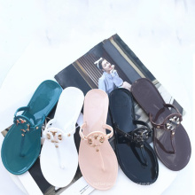 Cheap Price Hot Sale  Flip Flop Fashion Girl Slippers Jelly Shoes Ladies and Women Jelly Thong Slippers Sandals Transparent