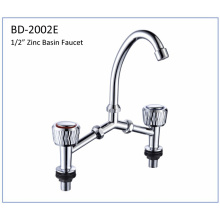 Bd2002e Zinc Alloy Double Knobs Kitchen Faucet