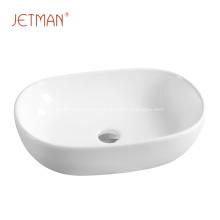 Умывальник овальной формы для ванной комнаты