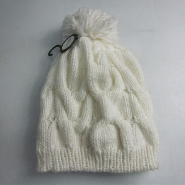 Snow White Cable Knit Winter Hat