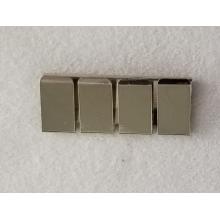 Estampación de piezas pequeñas de chapa de latón blanco personalizado