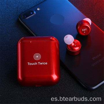 Mini auricular Bluetooth en el oído