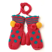 Жаккардовые перчатки и рукавицы