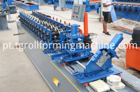 Machinery For Stud And Track