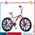 Nouveau modèle Freestyle BMX 16 20 24 26 pouces Kids Mini BMX Vélo / Cycles pour les aînés