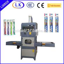 Machine à emballer automatique de boursouflure à haute fréquence de brosse à dents