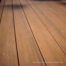 Decking de grano de madera natural al aire libre, mantenimiento libre