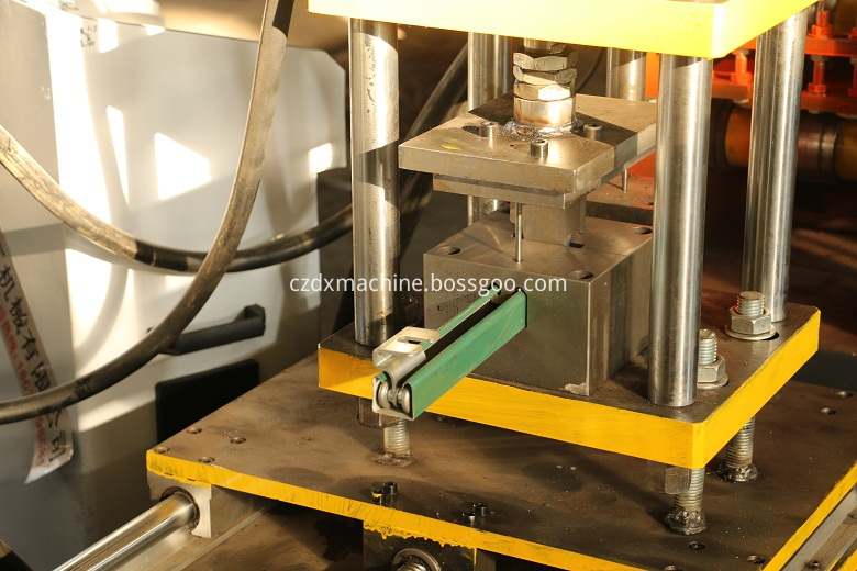 keel molding roll forming machine
