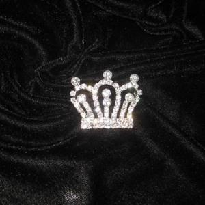 Venta al por mayor Unique Crown Pageant Pins