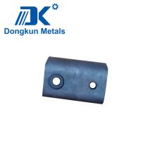 Joint d'estampage en acier avec trou de perçage
