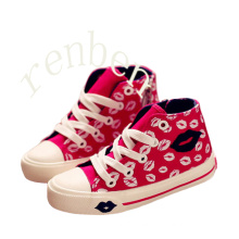 New Hot Arriving Popular Children′s Canvas Shoes
