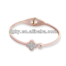 Stainless Steel Four Leaf Clover Rose Gold Bangle