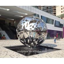 Urban Skulptur hoch poliert Edelstahl Hohlkugel Metall Kugel