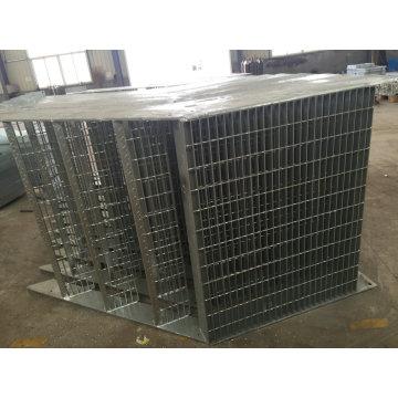 Escalier externe galvanisé par immersion chaude de fabrication en métal d'OEM pour l'usage de bâtiment