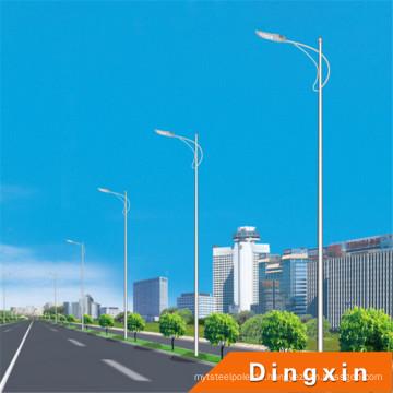 10m LED Straßenleuchte mit 120W LED Lampen