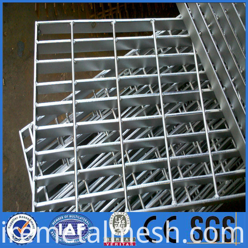 professional metal building metal gates