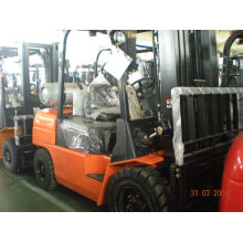 Gas / Lpg Forklift Truck Hangcha , Narrow Aisle Load Forklift With 2 Stage Mast