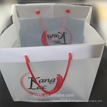Saco de plástico quadrado com alça e logotipo