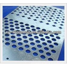 Perforación perforada de la forma del acero inoxidable del precio bajo / acoplamiento perforado (fábrica)