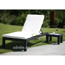 hot sale Plastic sun Lounger rattan folding sunbed