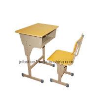 80% de desconto, mobiliário escolar, secretária e cadeira