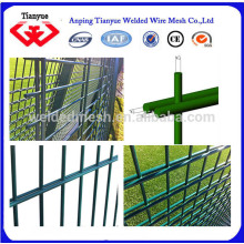 Barrière à double clôture en PVC à bas prix à vendre