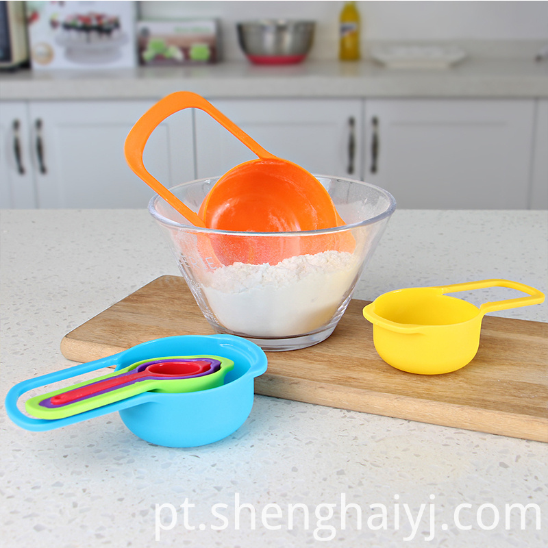 colorful plastic measuring spoon set of 6