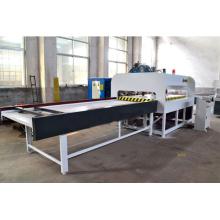 Machine de fabrication de panneaux articulés à doigts avec générateur haute fréquence