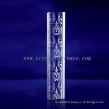 Lignes de laser 3D de K9 gravées en cristal avec la forme de pilier