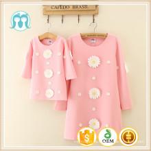 Ropa de la familia fabricante longitud de la rodilla mujeres de la manera china dulce vestido para bebés niñas 2016 nuevos trajes al por mayor