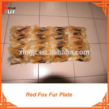 Plaque en fourrure de renard faite de pattes de renard roux