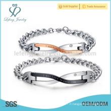 Mini bracelets amoureux à la mode