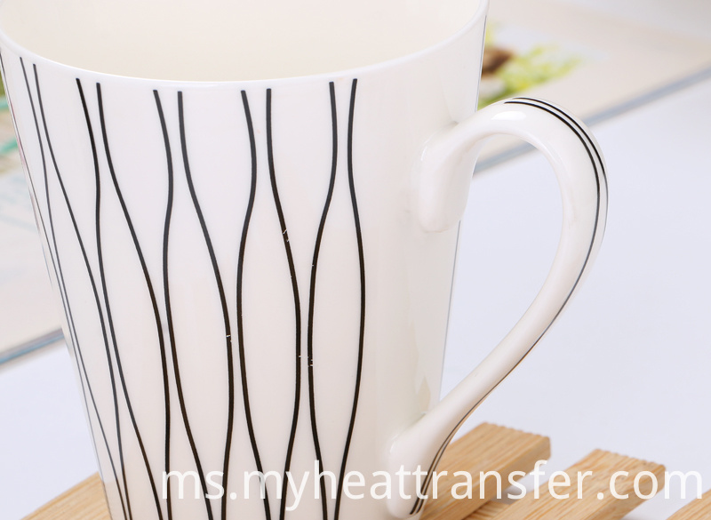 Creative simple coffee cup