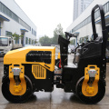 Compacteur à rouleaux diesel refroidi par eau à double tambour Ride-on