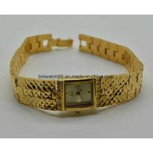 Art- und Weisedame-Schmucksache-Uhr-goldene Kupfer-Messingarmbanduhr für Geschenk