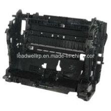 Moldeo por inyección plástico complejo / Molde plástico para material de PC (LW-03644)