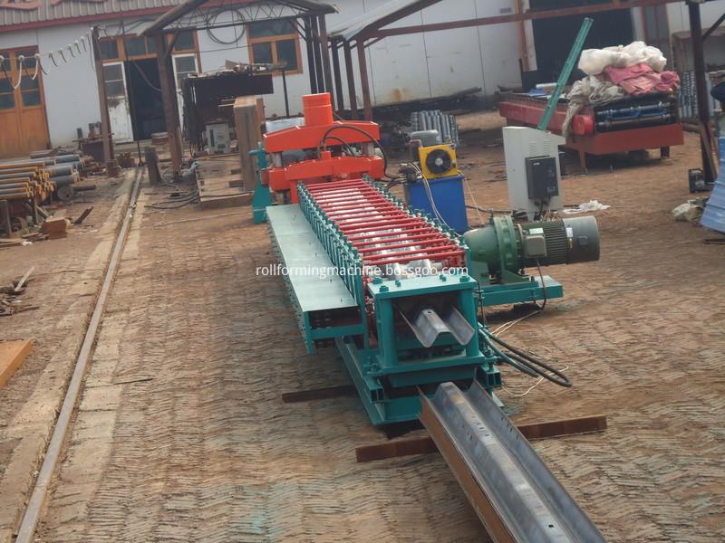 highway guardrail rolling machine