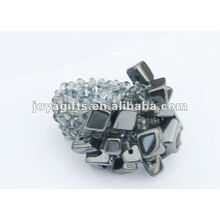 Hematite Chip Stone Stretch Seed Perles de verre Ring