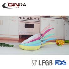 Красочные отжатый алюминий керамическое покрытие сковорода комплект