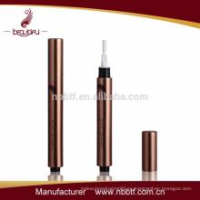 Aluminio y plástico tubo de brillo de labios vacío / contenedor