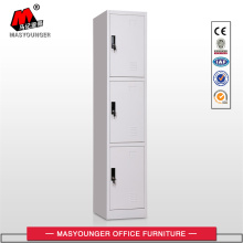 Derrubado Metal Locker
