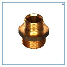 Encaixe de bronze do redutor do hex por processamento fazendo à máquina do CNC