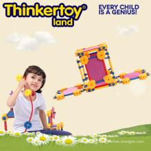 Детский пластмассовый строительный блок